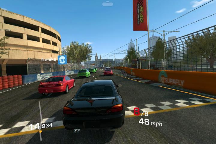 Los juegos de smartphone (Real Racing 3)